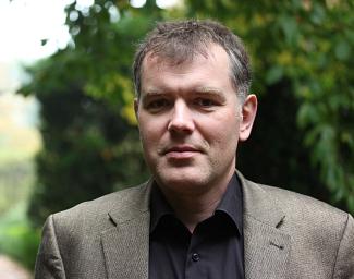 Dr. Daniel Nösler